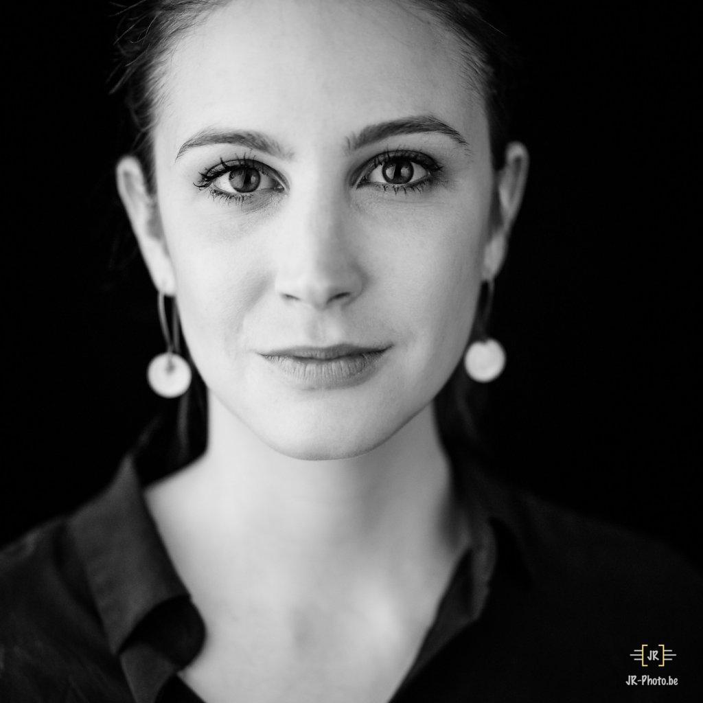 Headshot - Ophélia